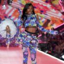 Victoria's Secret Fashion Show 2018 - 400 x 600