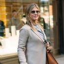Jennifer Aniston – Leaves Nello Restaurant in New York - 454 x 535