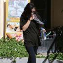 Selena Gomez – Leaves the gym in LA