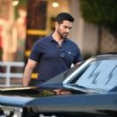 Jesse Metcalfe is seen in Los Angeles, California - 454 x 568