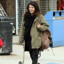 Shenae Grimes Showing Off Her Skateboarding Skils On The Set Of 'Sugar' In Venice