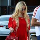 Avril Lavigne in Red out in LA - 454 x 655