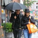 Jennifer Aniston & Justin Theroux: Organic Avenue Lovers