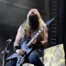 Zakk Wylde of Black Label Society performs at Ozzfest 2016 at San Manuel Amphitheater on September 24, 2016 in Los Angeles, California - 400 x 600