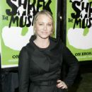 "Christine Taylor - Opening Of ""Shrek The Musical"" In New York City, 14.12.2008."