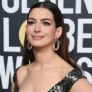 Anne Hathaway : 76th Annual Golden Globe Awards - 454 x 565