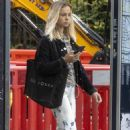 Lady Amelia Windsor – Out in Notting Hill