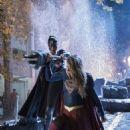 Supergirl S03E09 - 454 x 680