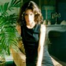 Lara Flynn Boyle - 454 x 701