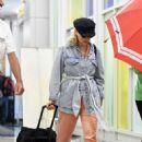 Scarlett Johansson – Arrives at JFK Airport in New York