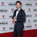 Arap Bethke- Billboard Latin Music Awards - Arrivals - 400 x 600