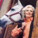 Betty Buckley - 200 x 252