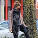 Hilary Duff stops by a gym for a workout in Studio City, California on January 24, 2017 - 433 x 600