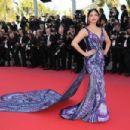 Aishwarya Rai – 'Girls Of The Sun' Premiere at 2018 Cannes Film Festival - 454 x 303
