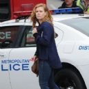 Amy Adams Performs on the Set of 'Sharp Objects' - 410 x 600