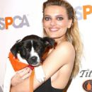 Bregje Heinen – The ASPCA 20th Annual Bergh Ball in New York City - 454 x 657