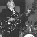 Scotty Moore - 295 x 300