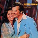 Loretta Lynn With Conway Twitty - 454 x 453