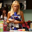 Paris Hilton - Shopping At Kitson, 2008-09-29