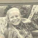 Eve Plumb In Teen Magazine - 454 x 338