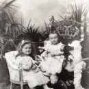 Grand Duchesses Olga and Tatiana of Russia as toddlers in 1898 - 454 x 578
