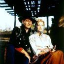 John Wayne, Constance Towers - 454 x 559