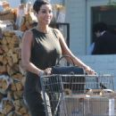 Nicole Murphy – Shopping Candids at Bristol Farms In Beverly Hills - 454 x 818