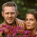 Ali MacGraw and Steve McQueen - 454 x 402