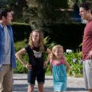 Seth Rogen, Adam Sandler, Maude Apatow, Iris Apatow, Eric Bana and Leslie Mann in Funny People.