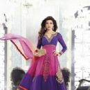 Actress Sushmita Sen new pictures for Salwar kameez - 305 x 427