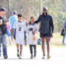 Seal spotted out in Los Angeles watching his kids flag football game Saturday October 15, 2016 - 454 x 331
