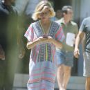 Sofia Vergara and Julie Bowen – Filming 'Modern Family' in Brentwood
