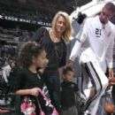 Tim Duncan and Amy Sherrill - 283 x 282