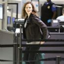 Jennifer Garner: departing on a flight at LAX airport in Los Angeles