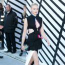 Sophie Turner – Louis Vuitton Show at Paris Fashion Week 10/05/2016 - 454 x 680