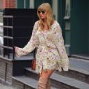 Taylor Swift – Leaves her Home in New York City