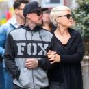 Singer Pink and her husband Carey Hart out shopping in New York City, New York on April 27, 2014 - 446 x 594