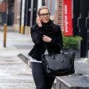 Kate Winslet – Out and about in New York - 454 x 707
