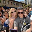 Katheryn Winnick – Greets Fans at Comic Con San Diego 2019 - 454 x 302