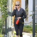Reese Witherspoon: leaves a friend's house