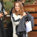 Natalie Portman – Out to lunch in Los Angeles - 454 x 681