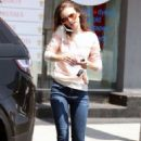 Lily Collins shopping in West Hollywood - 454 x 681