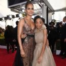 Halle Berry and Eris Baker At The 24th Annual Screen Actors Guild Awards (2018) - 393 x 600