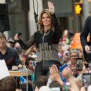 Shania Twain – Performs on NBC Today Show Summer Concert Series in NY - 454 x 490