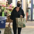 Rosie Huntinghton-Whiteley – Shops some groceries in Los Angeles - 454 x 681