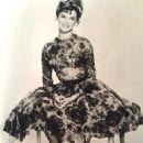 Linda Evans - 454 x 640