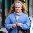 Melissa McCarthy – Filming 'The Kitchen' in NYC - 454 x 714