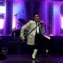 Elvis - 454 x 324