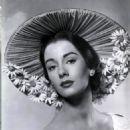 Maggie McNamara - 454 x 576