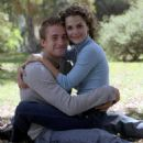 Scott Speedman and Keri Russell - 454 x 603
